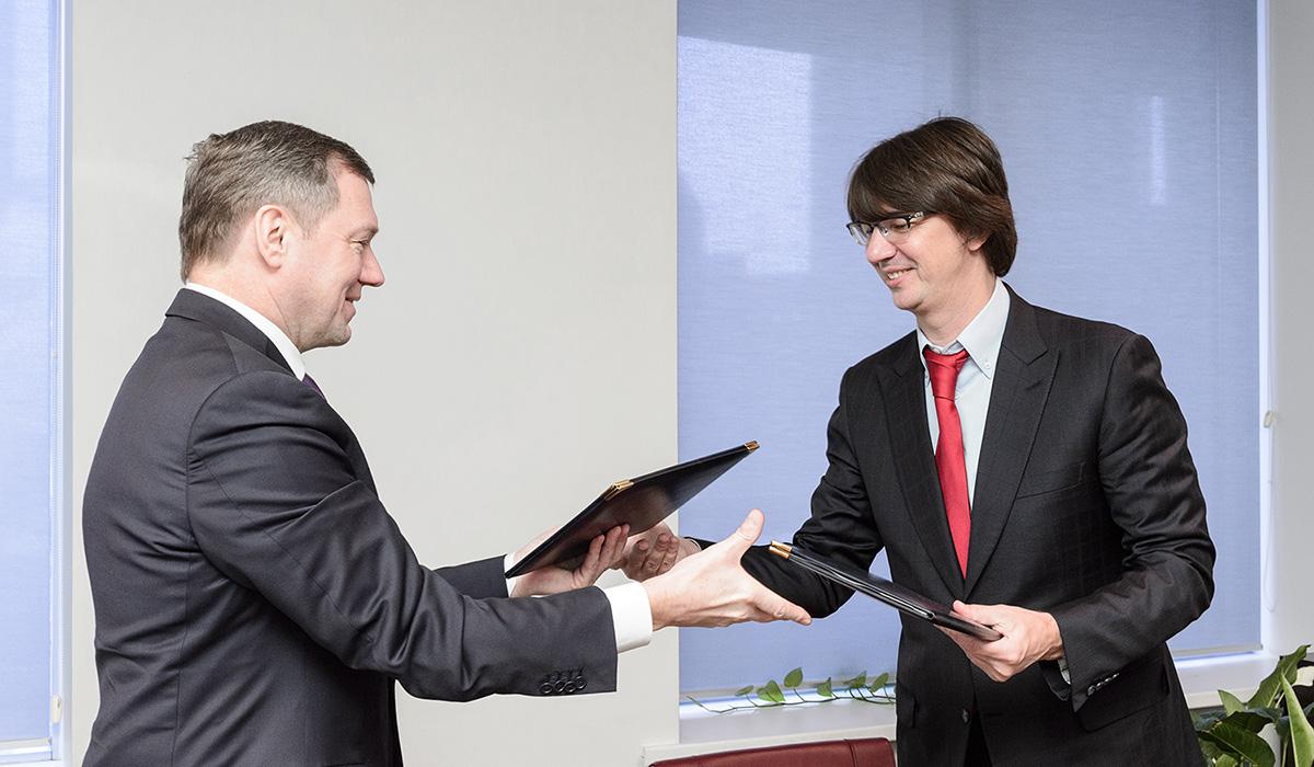 «Россети» и УАЗ подписали соглашение о стратегическом сотрудничестве