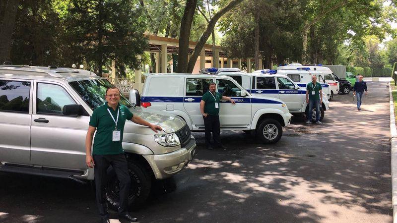 В Узбекистане прошел показ спецтехники на базе внедорожников УАЗ
