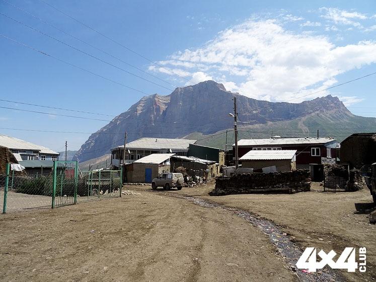 Путешествие УАЗа в страну гор. Часть III 90