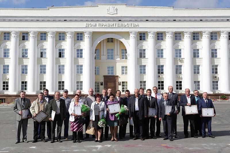 Губернатор Ульяновской области Сергей Морозов вручил награды работникам УАЗ