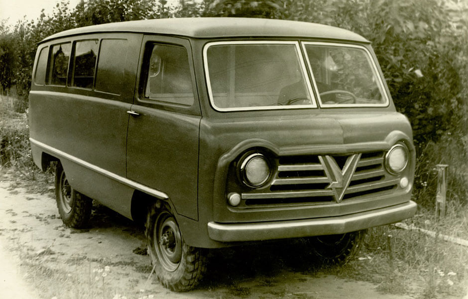 Легенда отечественного автопрома УАЗ-450 отмечает юбилей