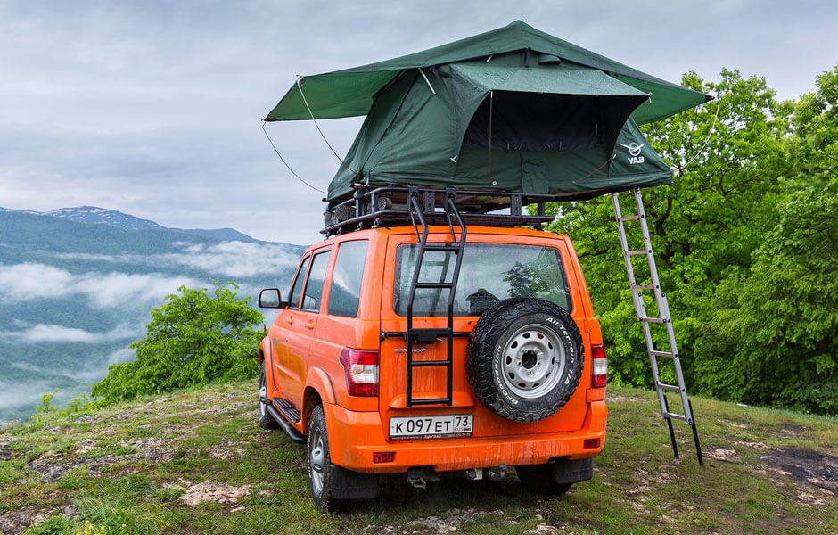 Тест-драйв УАЗ «Патриот»: лебедка, лестница и… палатка на крыше