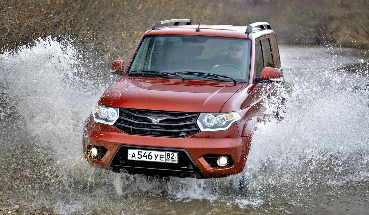 УАЗ Патриот стал лидером продаж по итогам 2014 г.